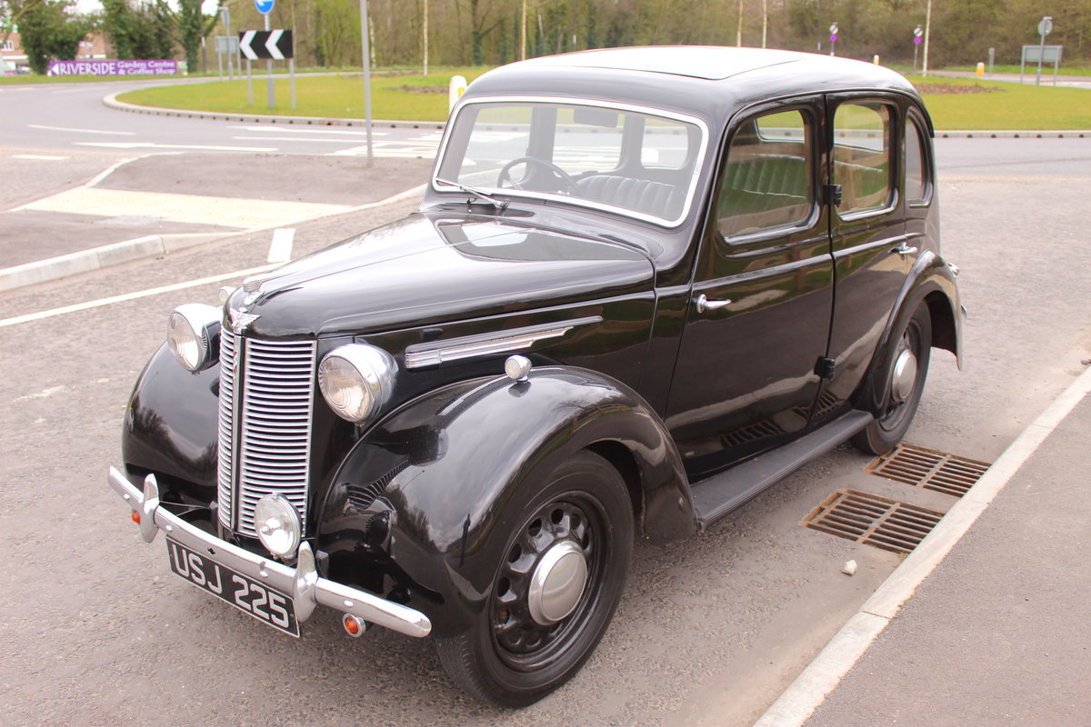 1946 Austin 8  AR Saloon with Sliding Sunshine Roof SOLD (picture 3 of 6)
