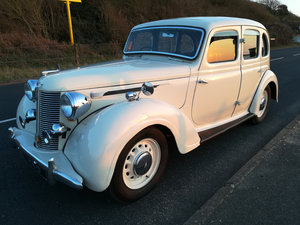 1948 Austin 16 Bs1 finished in Old English White For Sale