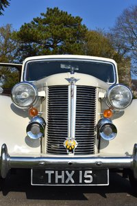 1948 Austin 16 Bs1 finished in Old English White