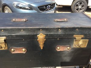RARE ANTIQUE FRENCH 1930'S SHAPED VINT CAR TRUNK For Sale