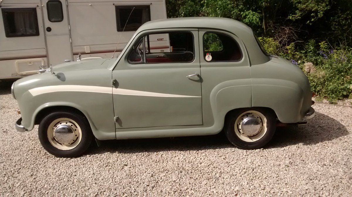 1958 Austin A35 2 door saloon - reduced price ! £2200 SOLD (picture 3 of 6)