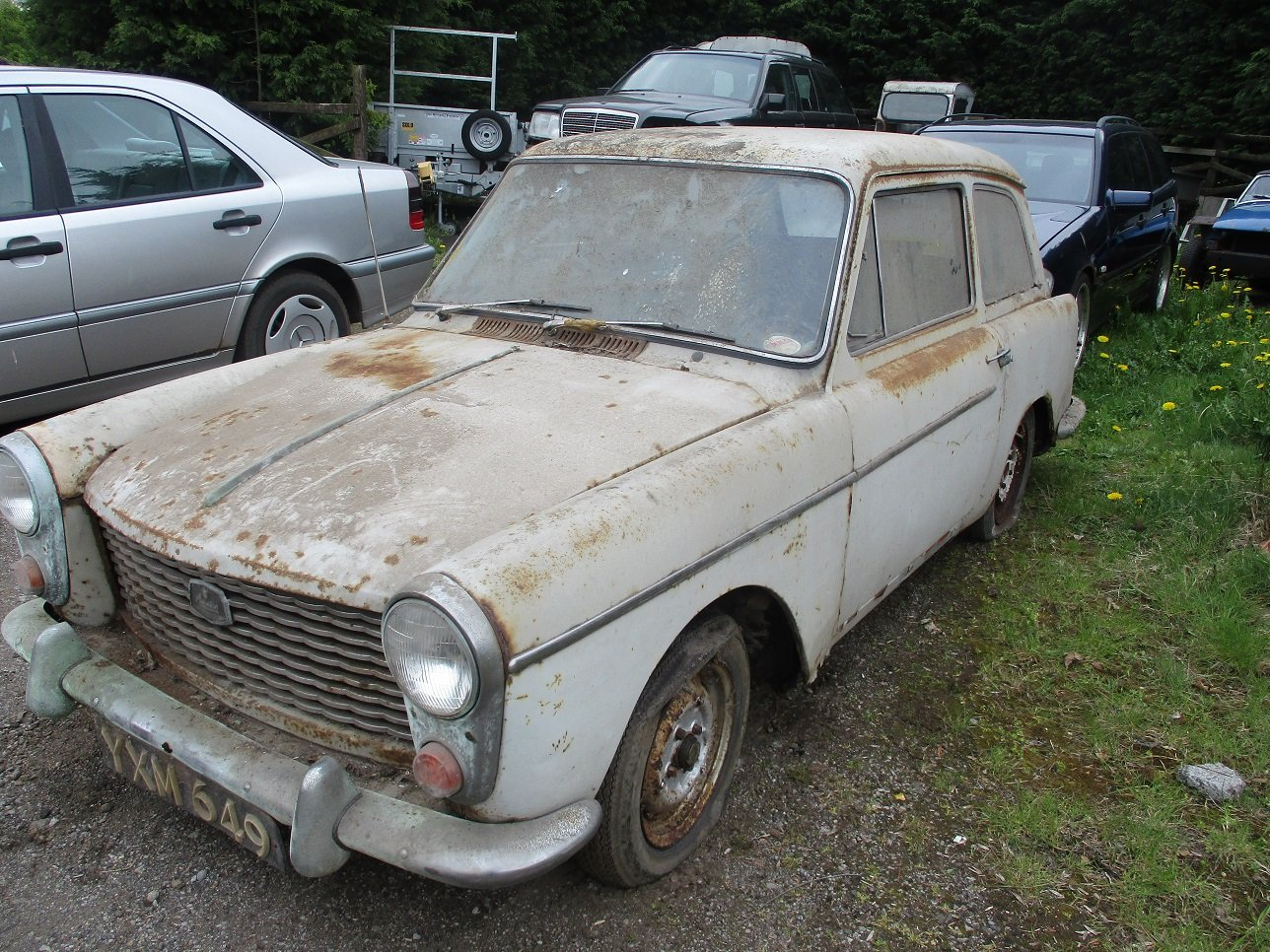 1963 AUSTIN A40 - Restoration Project For Sale (picture 2 of 4)