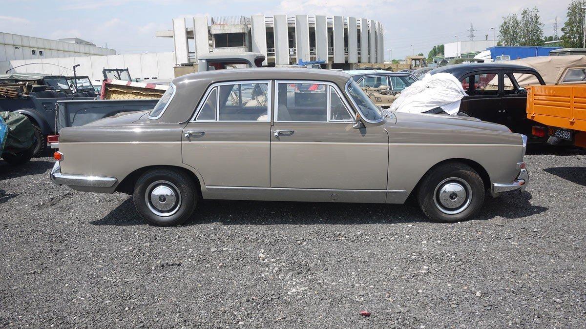 1964 Austin Princess Vanden Plas R40 For Sale by Auction (picture 2 of 5)