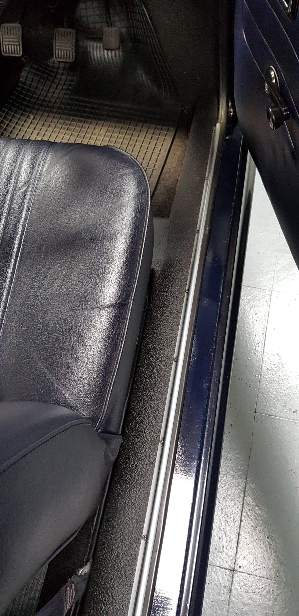 1972 Austin 1100 2 Door SOLD (picture 6 of 6)