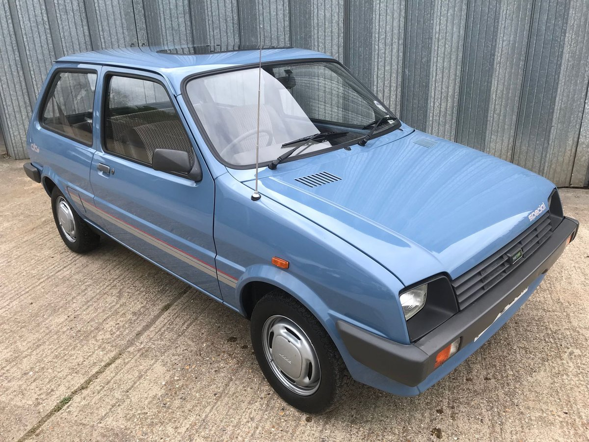 1988 TOTALLY ORIGINAL LOW MILEAGE SUPER CLEAN FRESH MOT For Sale (picture 1 of 6)