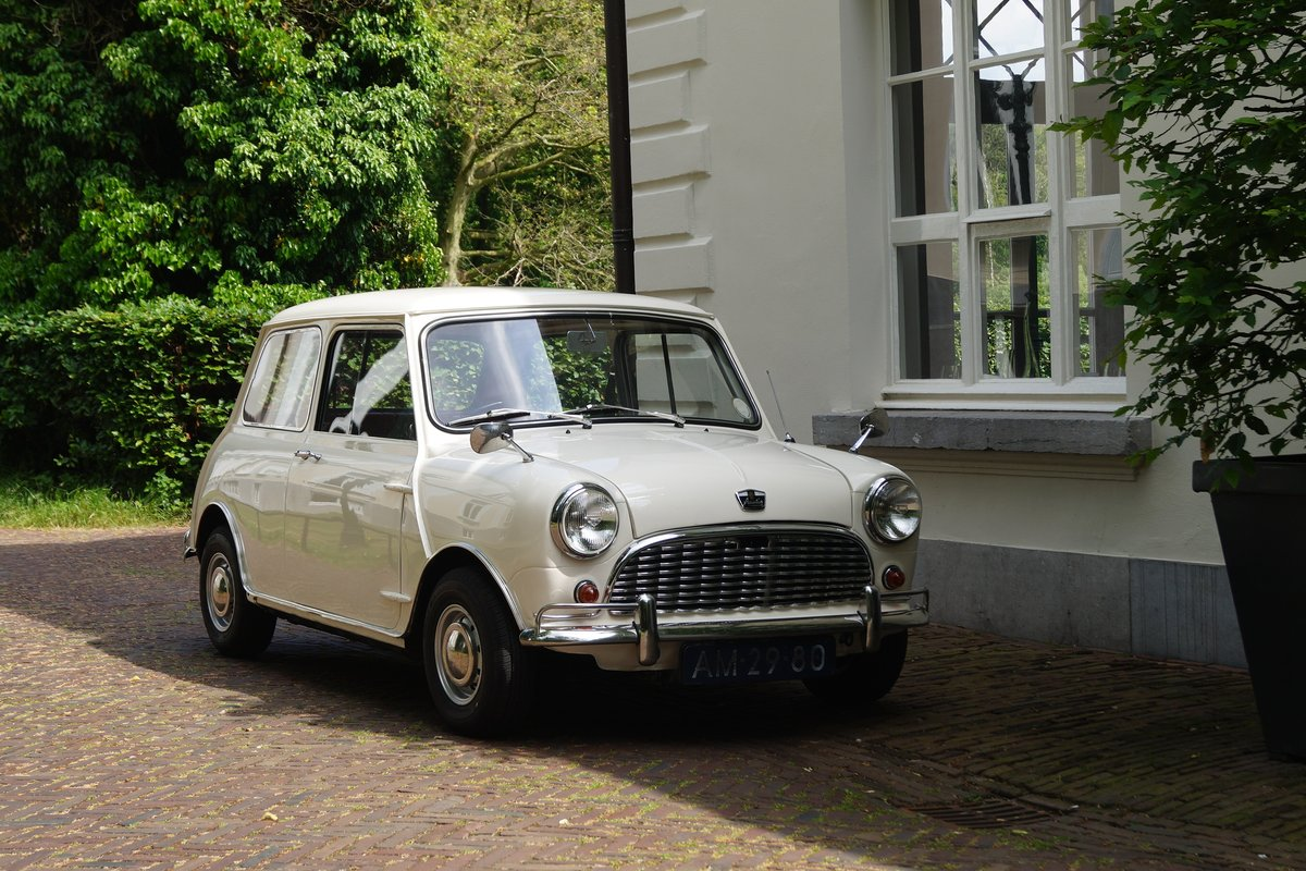 1967 Austin Mini MK 1 Very nice example RHD For Sale (picture 3 of 6)