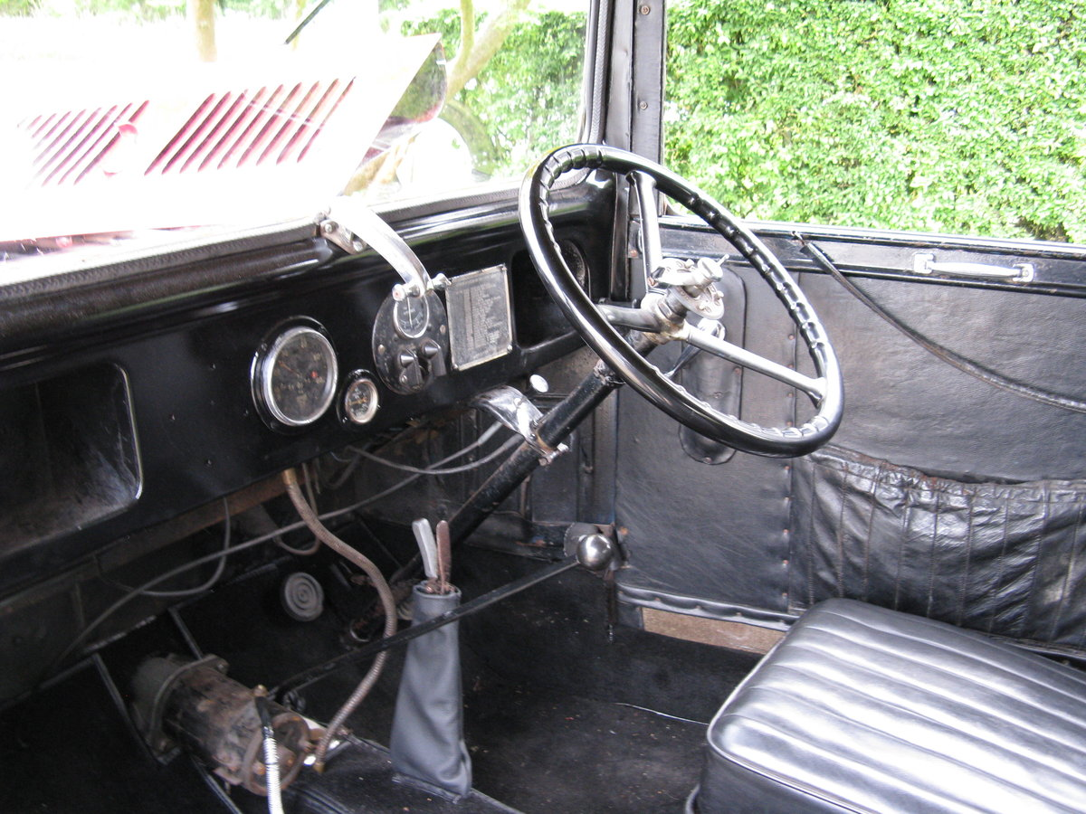 1932 Austin 7 RN Box saloon with sunroof. SOLD (picture 3 of 6)
