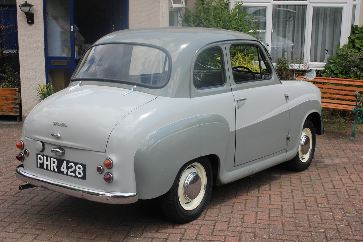 1957 Lovely Example of the 2-Door Saloon Austin A35 SOLD (picture 2 of 6)