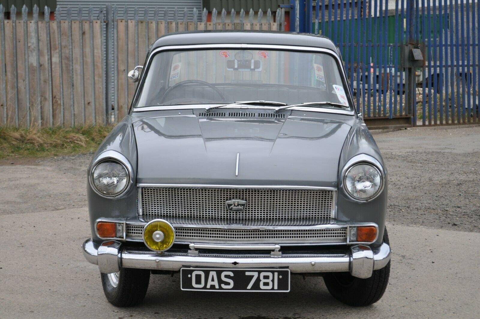1961 AUSTIN CAMBRIDGE A55 FARINA TAX & MOT EXEMPT GRAMPIAN GREY For Sale (picture 1 of 6)