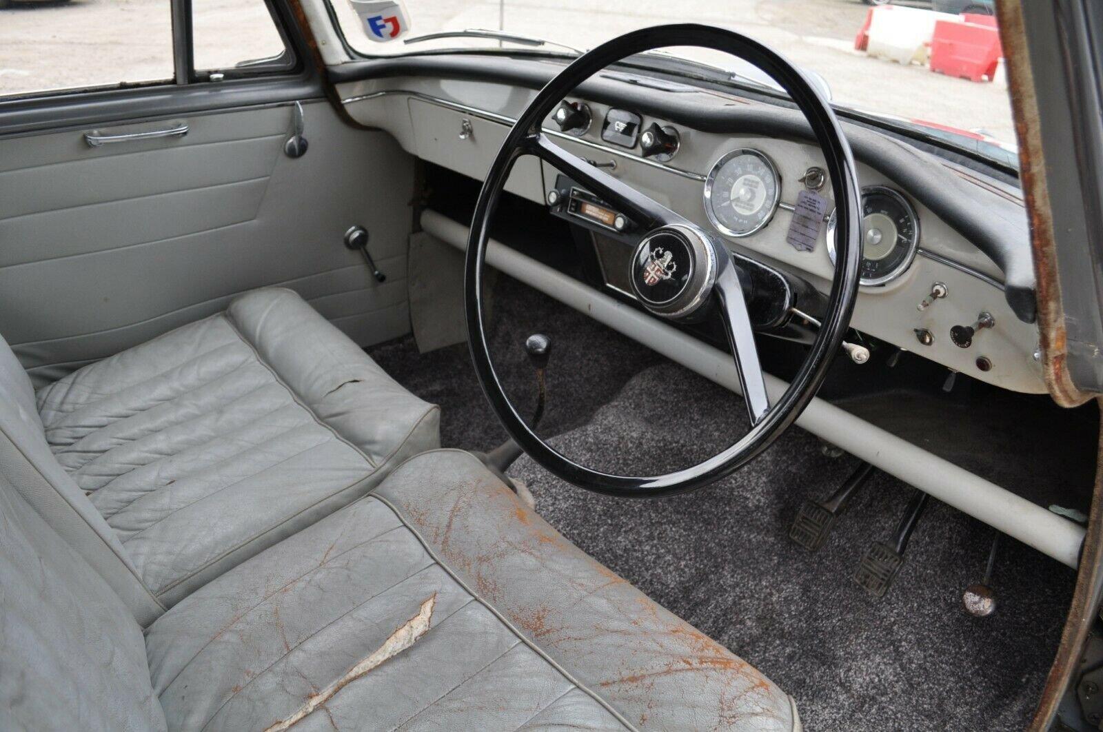 1961 AUSTIN CAMBRIDGE A55 FARINA TAX & MOT EXEMPT GRAMPIAN GREY For Sale (picture 5 of 6)
