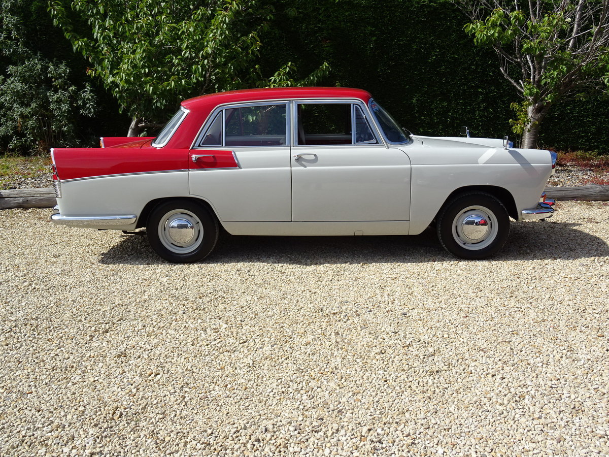 Austin Cambridge A55 Mk 2 – Show Winner one of the best SOLD (picture 3 of 6)
