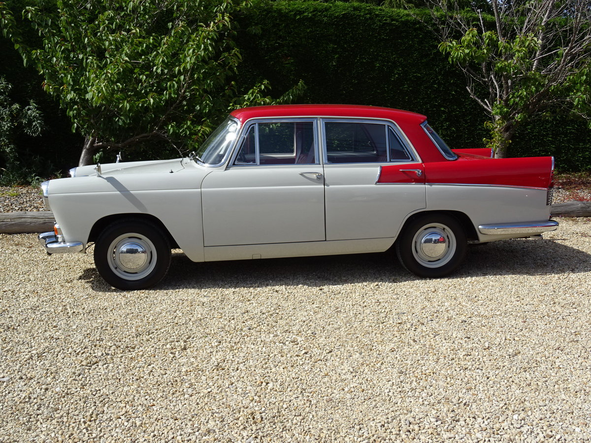 Austin Cambridge A55 Mk 2 – Show Winner one of the best SOLD (picture 4 of 6)