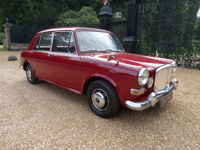 1974 AUSTIN 1300 VANDEN PLAS ONLY 18000 MILES For Sale (picture 1 of 6)