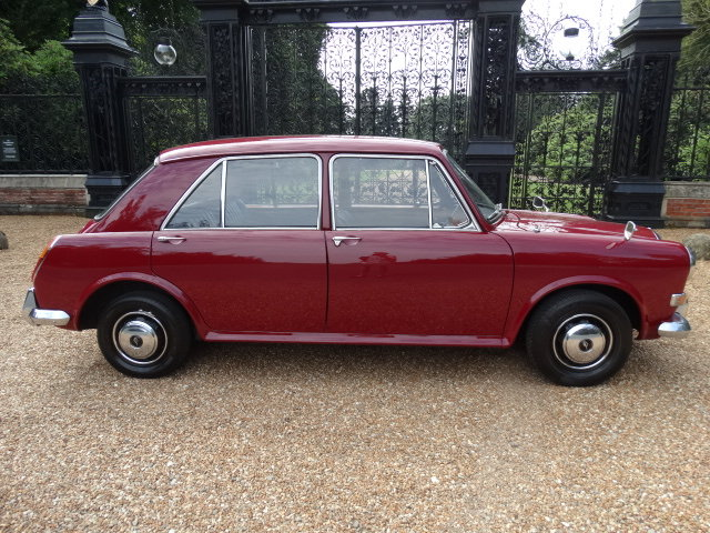 1974 AUSTIN 1300 VANDEN PLAS ONLY 18000 MILES For Sale (picture 2 of 6)