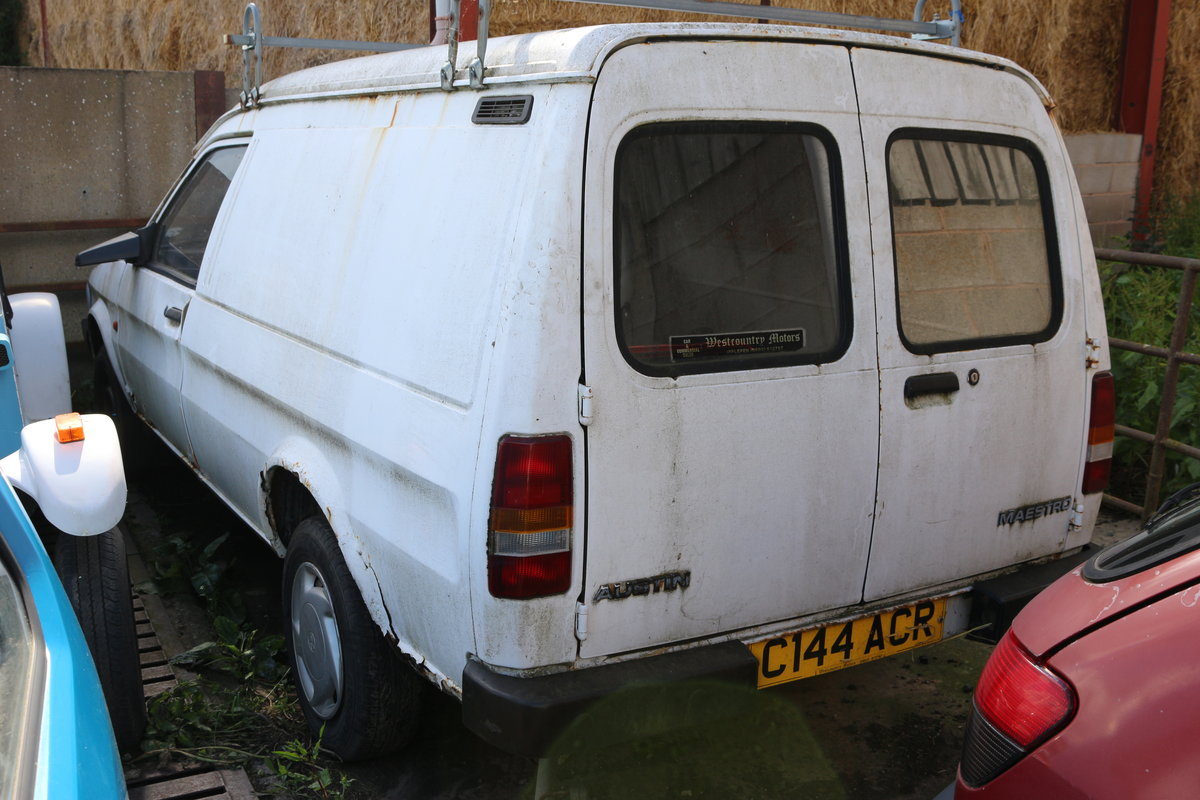 Maestro van breaking for spares , or sell whole  SOLD (picture 2 of 2)