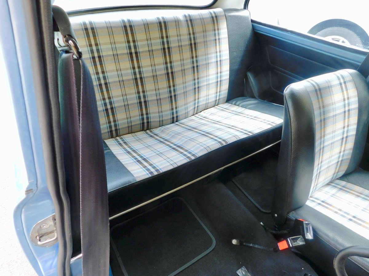 Rare Loved Austin Mini HL Blue 1981 LOW MILEAGE! For Sale (picture 4 of 6)
