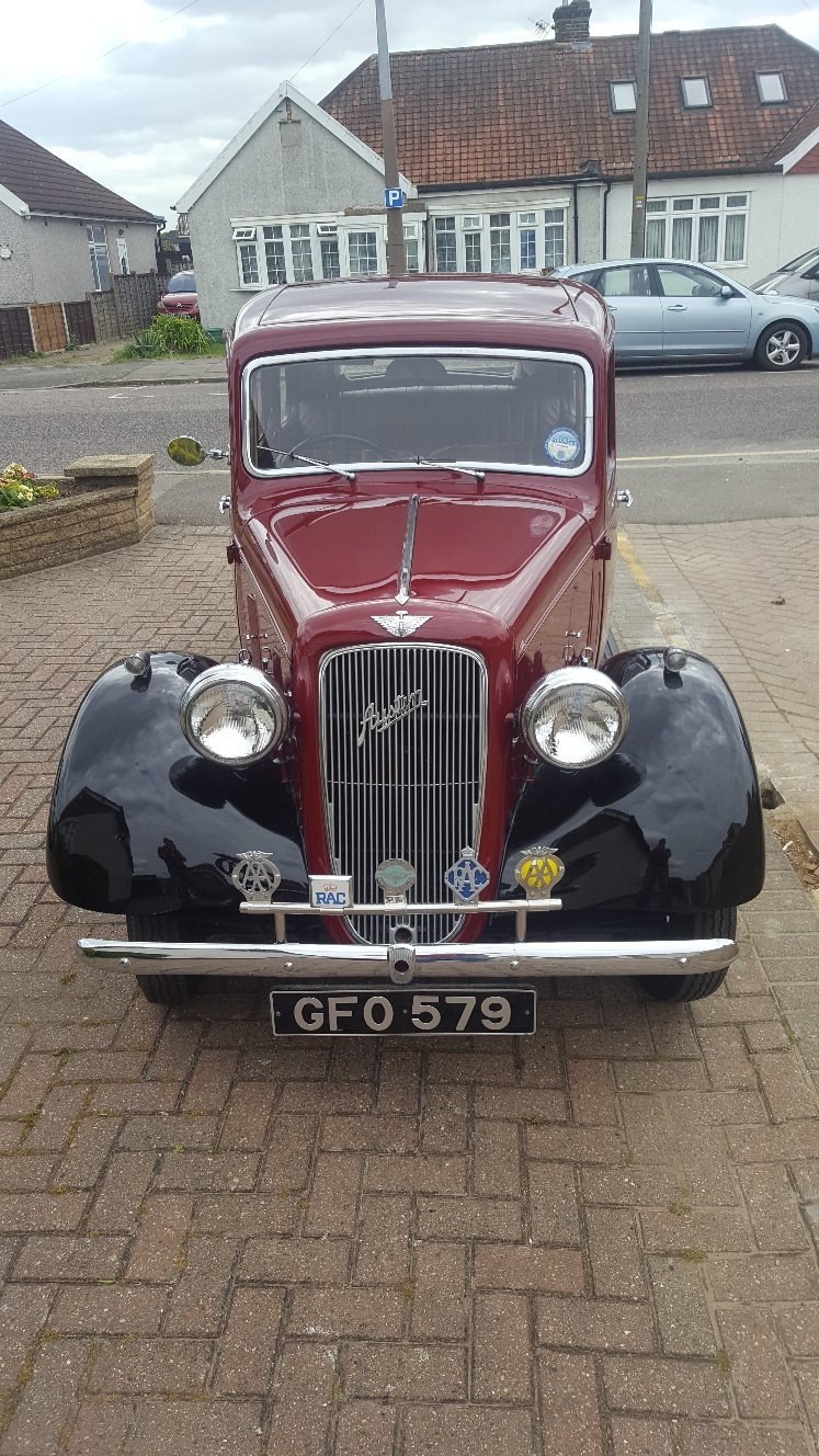 1937 Great Austin Cambridge with some spares SOLD (picture 2 of 6)