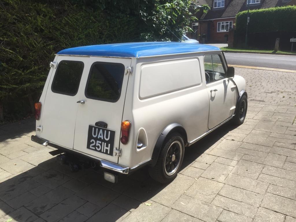 1970 Mini-van Classic  SOLD (picture 3 of 6)