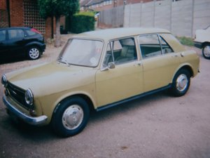 FOR SALE - AUSTIN 1300 - 1972 Model SOLD