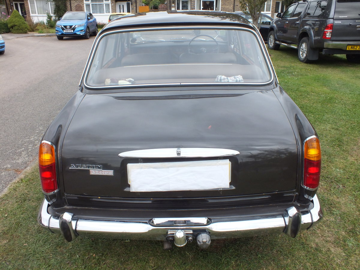 1970 Austin 3 Litre Manual Saloon For Sale (picture 2 of 6)