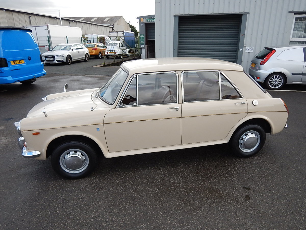 1971 AUSTIN 1300 Mk ll ~ ADO16 Four Door Saloon ~  SOLD (picture 1 of 6)