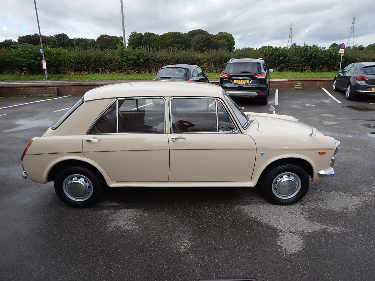 1971 AUSTIN 1300 Mk ll ~ ADO16 Four Door Saloon ~  SOLD (picture 3 of 6)