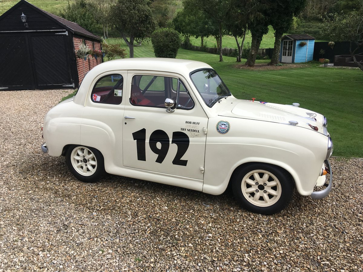 1959 Austin A35 HRDC Academy Race car For Sale (picture 1 of 6)