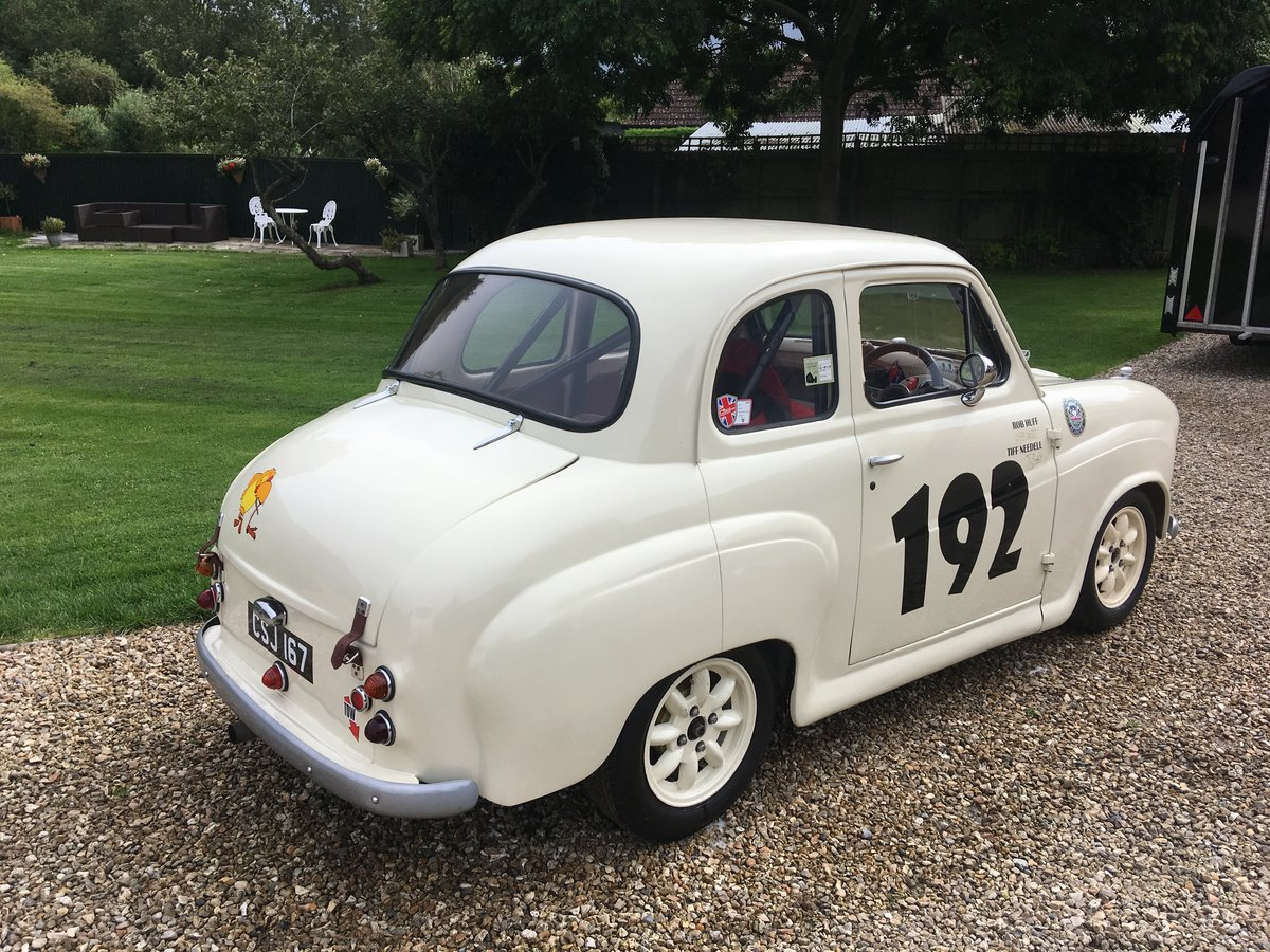 1959 Austin A35 HRDC Academy Race car For Sale (picture 2 of 6)