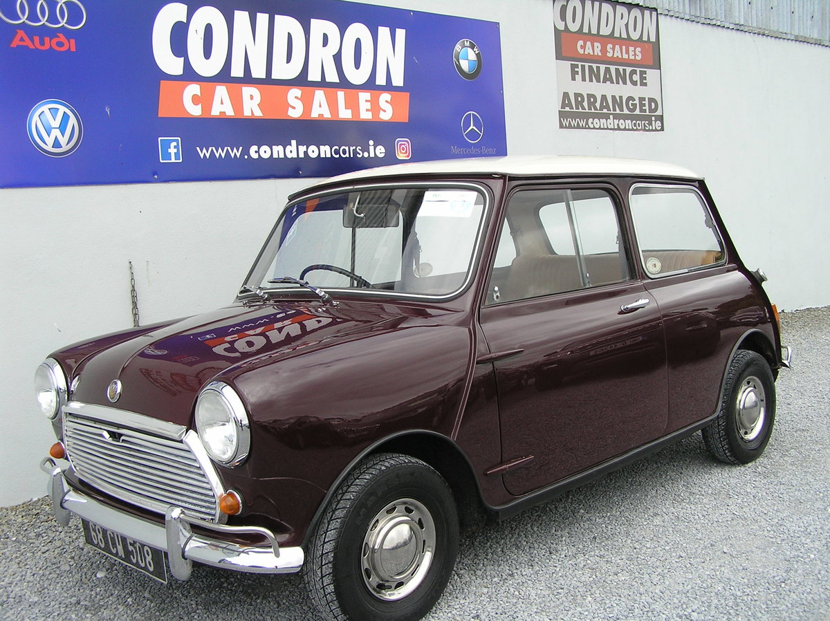1968 Austin mini 1000 mk 11 SOLD (picture 1 of 6)