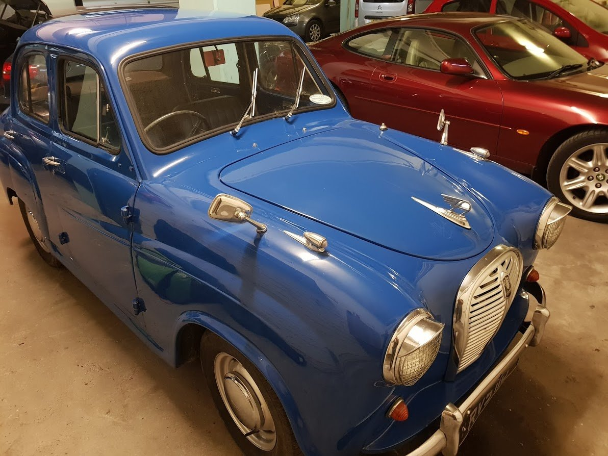 1958 Austin A35 Saloon in Blue For Sale (picture 1 of 6)