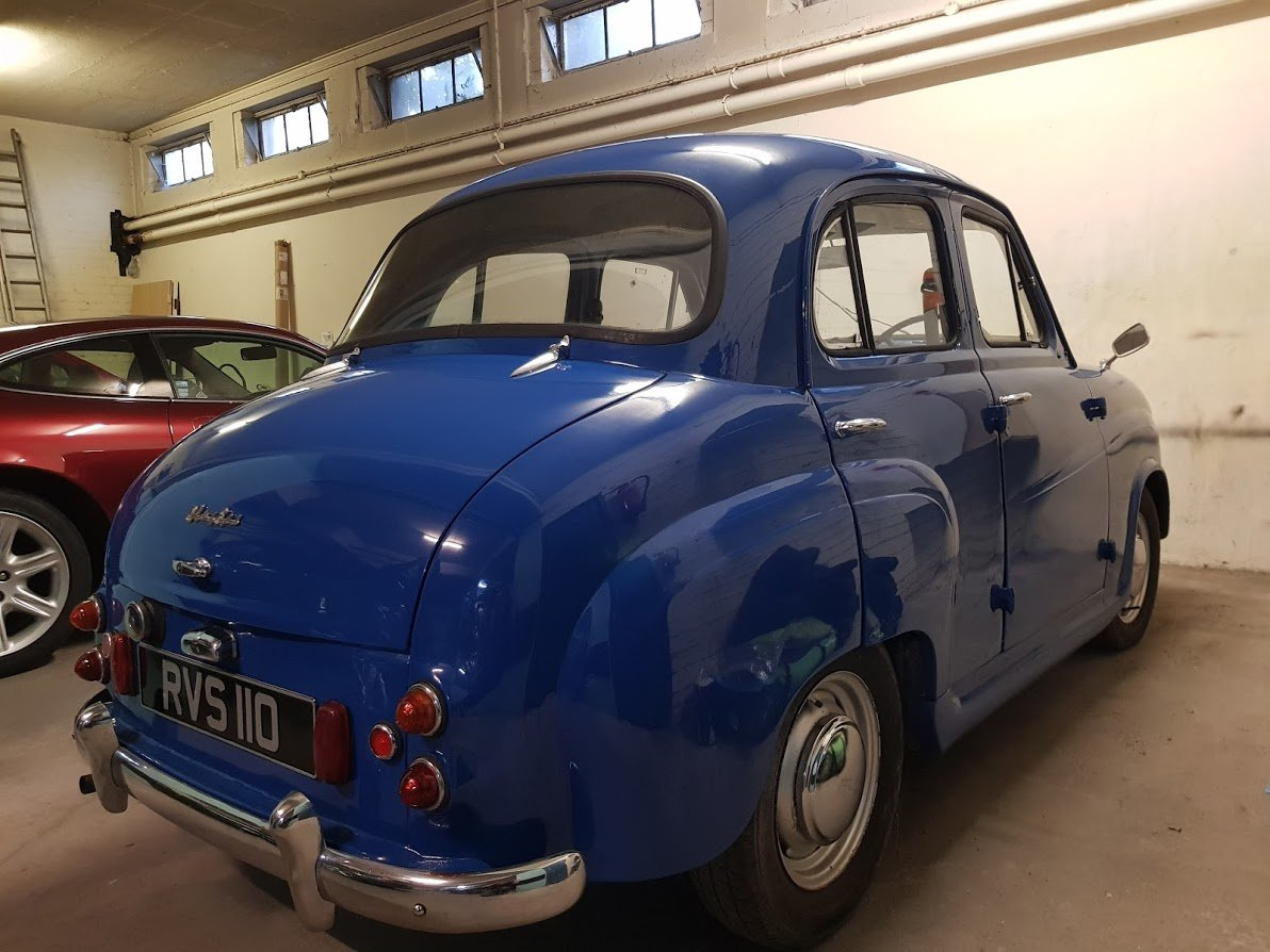 1958 Austin A35 Saloon in Blue For Sale (picture 3 of 6)
