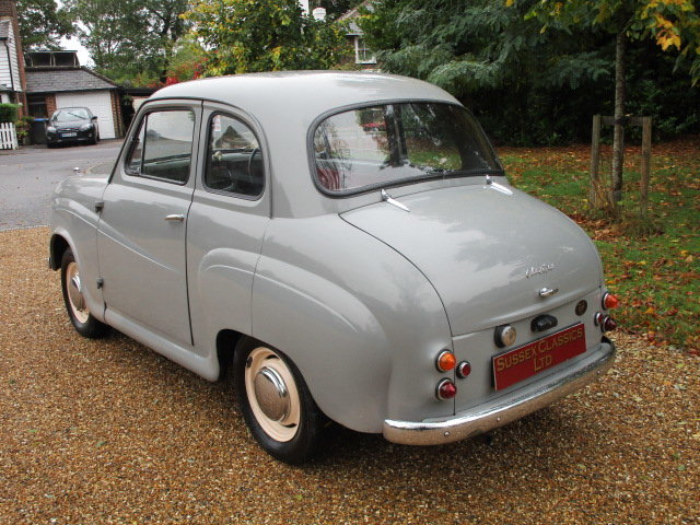 1957 Austin A35 Saloon (Debit Cards Accepted & Delivery) SOLD (picture 2 of 6)