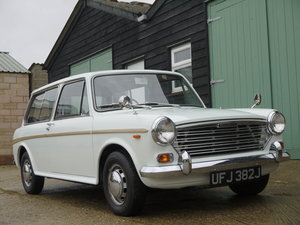 1971 AUSTIN 1300 COUNTRYMAN AUTOMATIC - 24K MILES FROM NEW !!