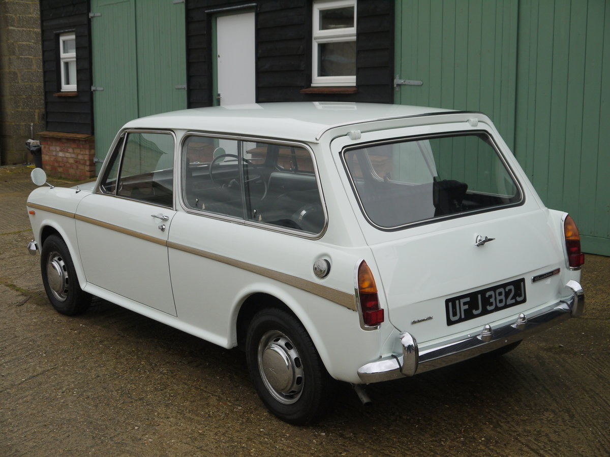 1971 AUSTIN 1300 COUNTRYMAN AUTOMATIC - 24K MILES FROM NEW !! For Sale (picture 3 of 6)
