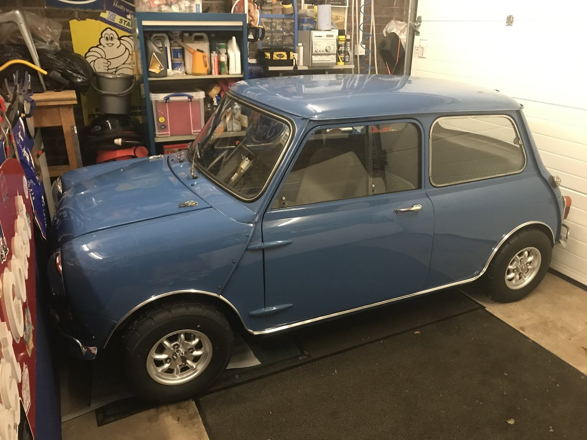 1966 mini mk 1 classic For Sale (picture 1 of 6)