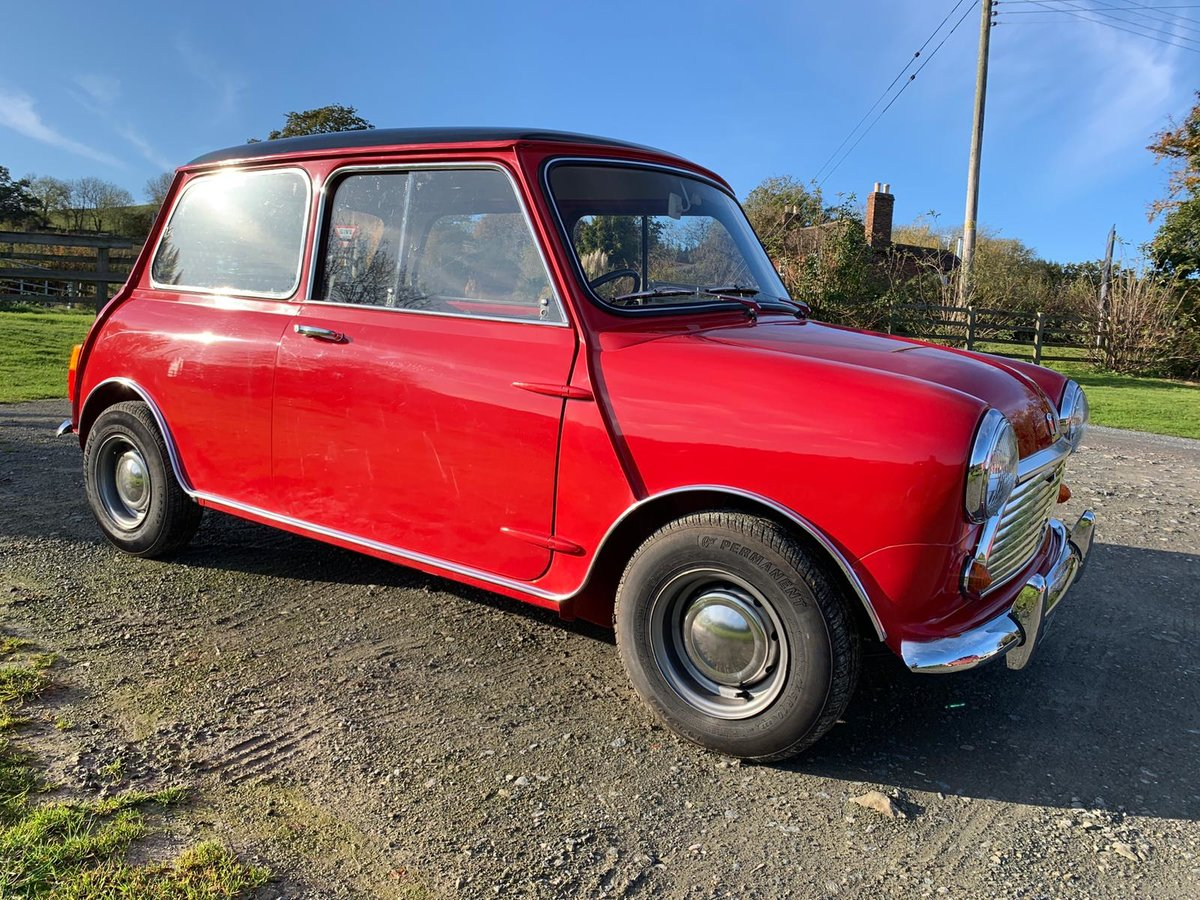 1968 Fully Restored Mini Cooper 998 MkII in Tartan Red For Sale (picture 1 of 6)