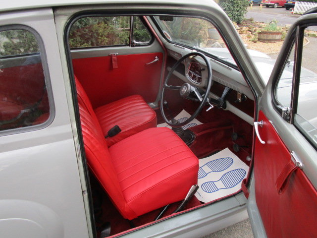1957 Austin A35 Saloon (Debit Cards Accepted & Delivery) SOLD (picture 4 of 6)