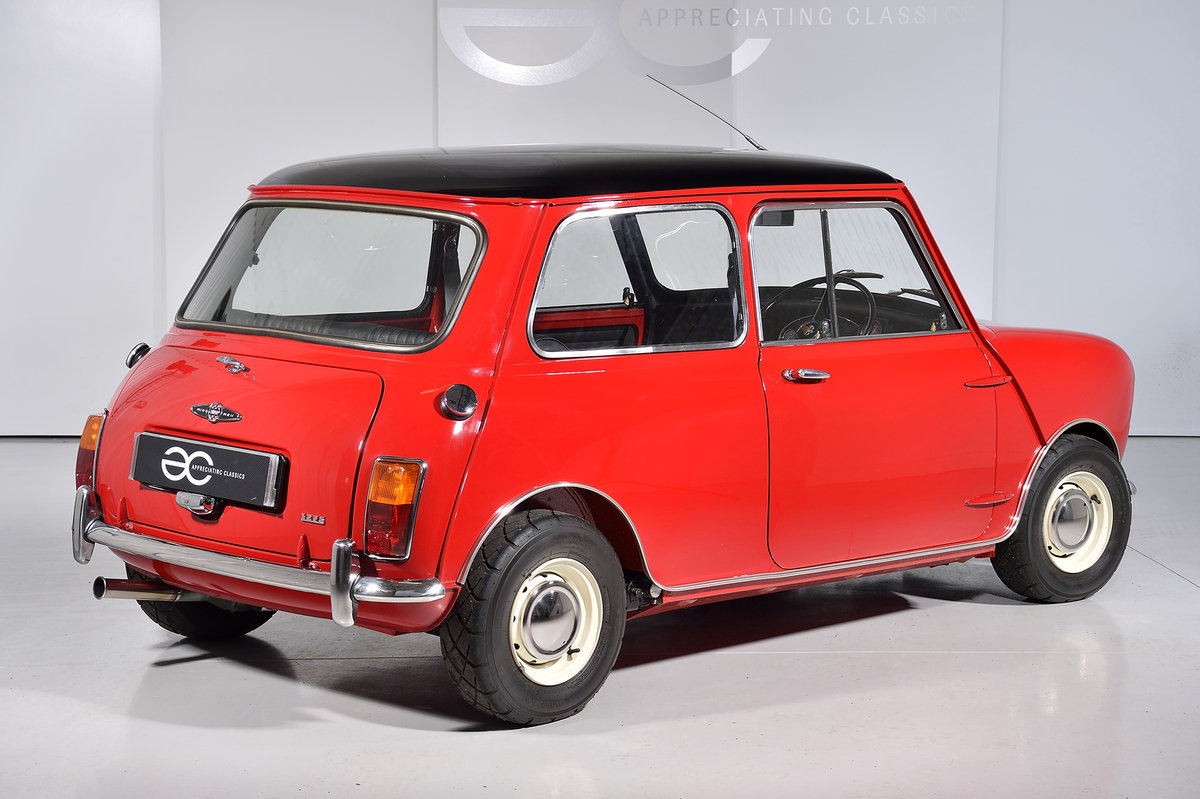 1970 Fully Restored Mk2 Mini Cooper S - Longman Head - Great Car For Sale (picture 3 of 6)