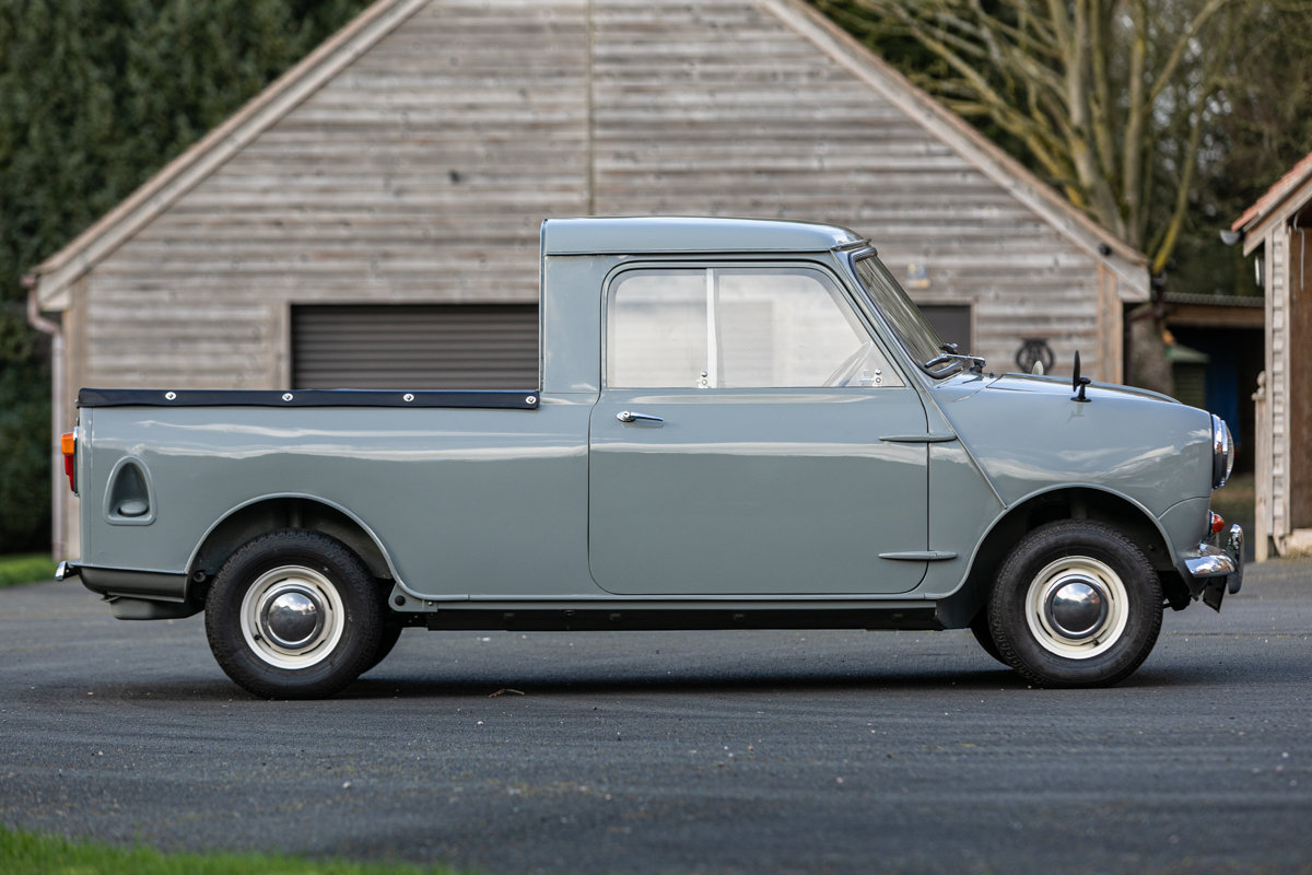 1962 Austin Mini Seven Pickup Superbly & accurately restored For Sale by Auction (picture 3 of 6)