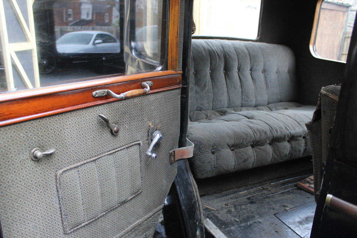1928 Austin 16/6 burnham saloon For Sale (picture 2 of 4)
