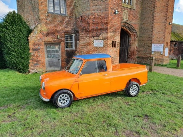 INCREDIBLE 1967 Austin Mini Pick-Up Truck For Sale (picture 5 of 6)