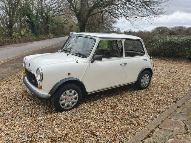 1987 Stunning Austin Mini City 1.0 in White For Sale (picture 4 of 6)