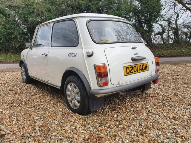 1987 Stunning Austin Mini City 1.0 in White For Sale (picture 5 of 6)