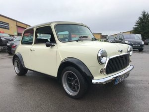 Mini 1293cc 2dr Cream & Black, Superb car, must be seen