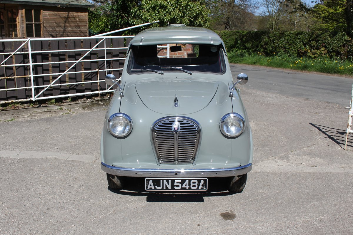 1962 Austin A35 Van, Beautifully Presented, Top class standard For Sale (picture 2 of 17)