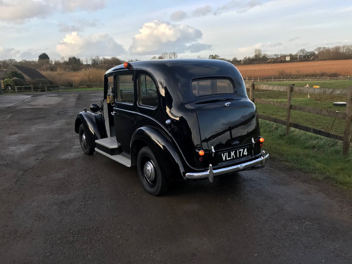 1958 Austin fx3 taxi For Sale (picture 3 of 6)
