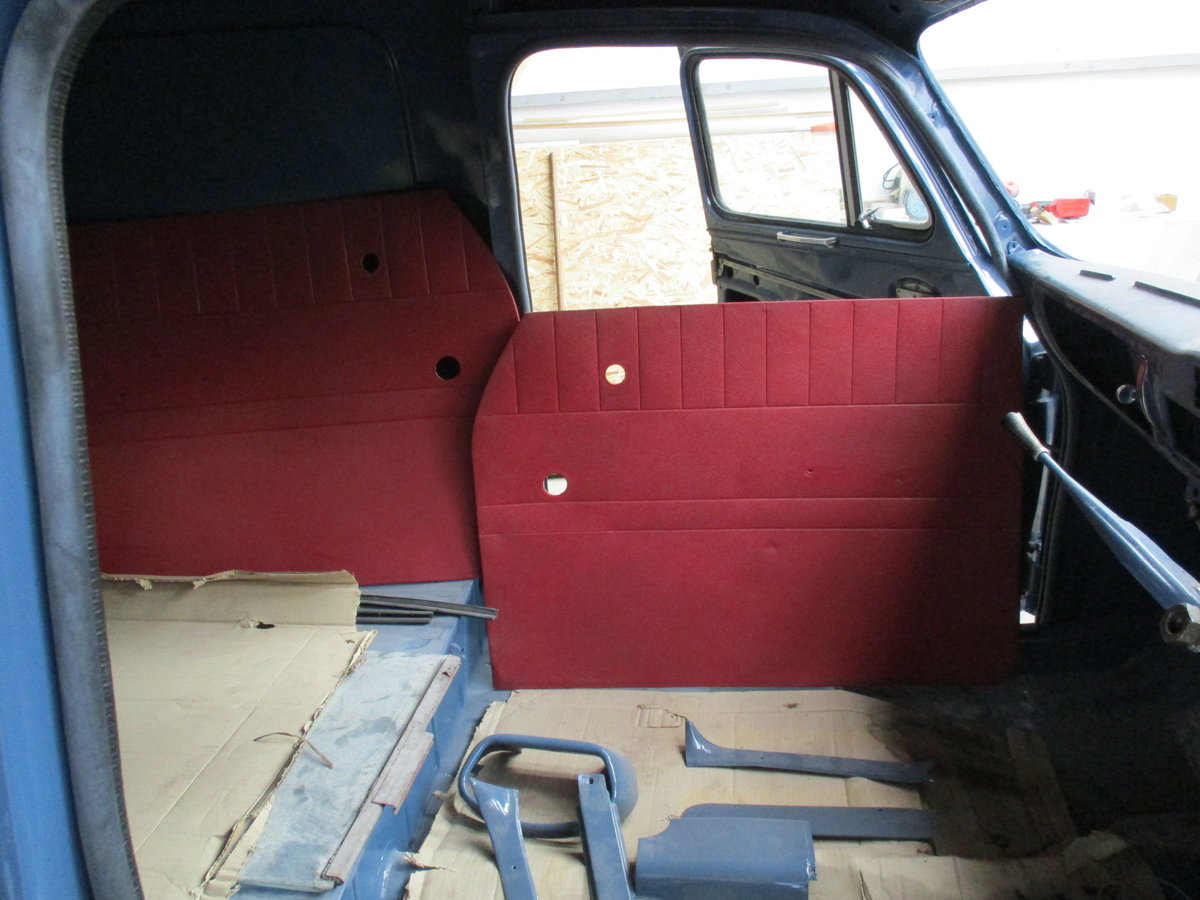 1960 Austin a55 half ton van, heartbeat film star For Sale (picture 4 of 6)