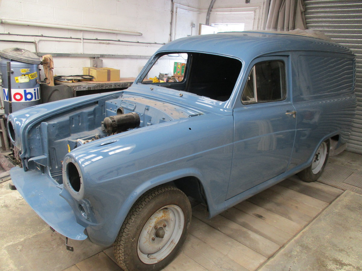 1960 Austin a55 half ton van, heartbeat film star For Sale (picture 5 of 6)