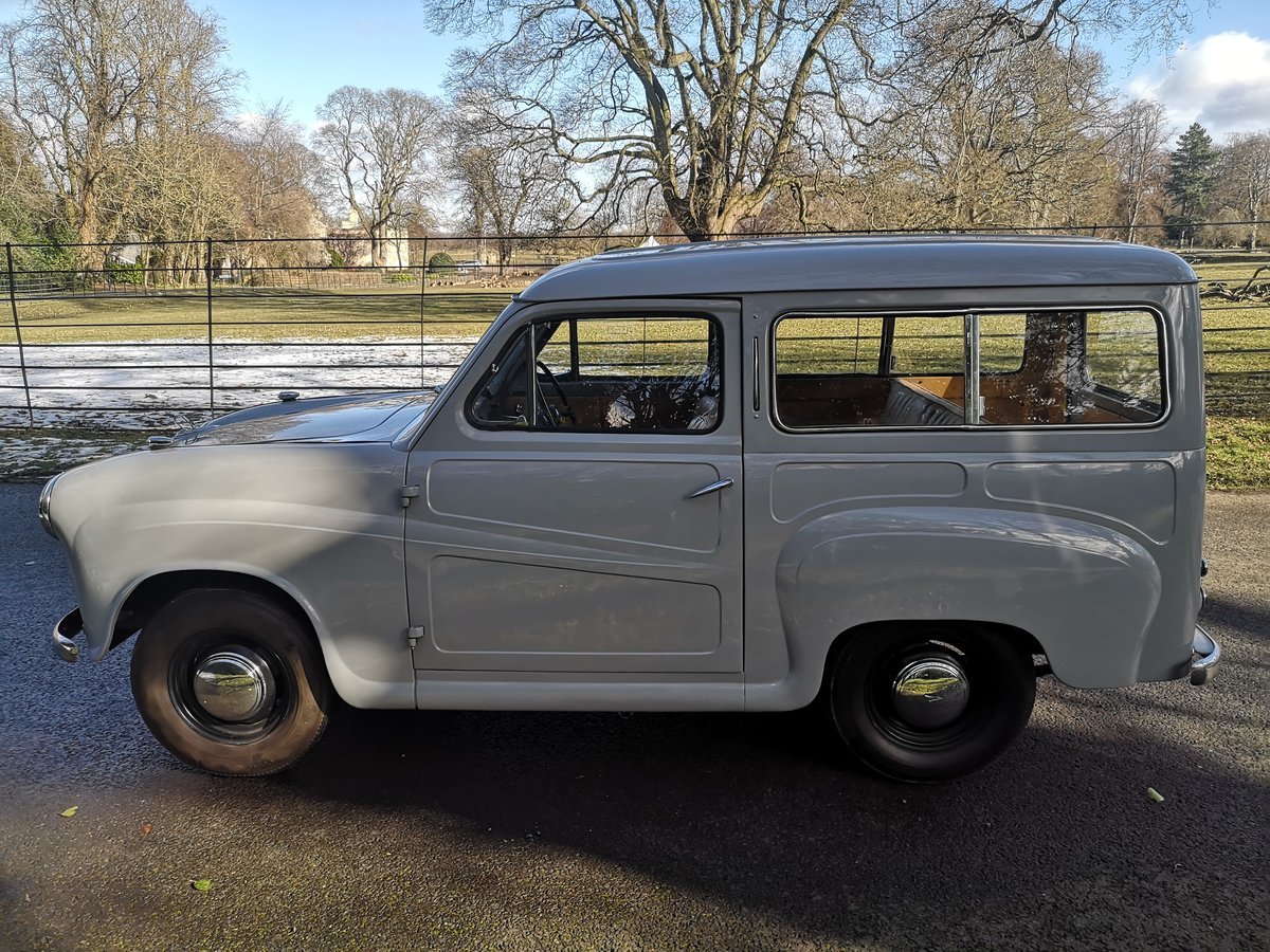 1956 AUSTIN A30 COUNTRYMAN.  RESTORED. LOW MILES.  For Sale (picture 3 of 6)
