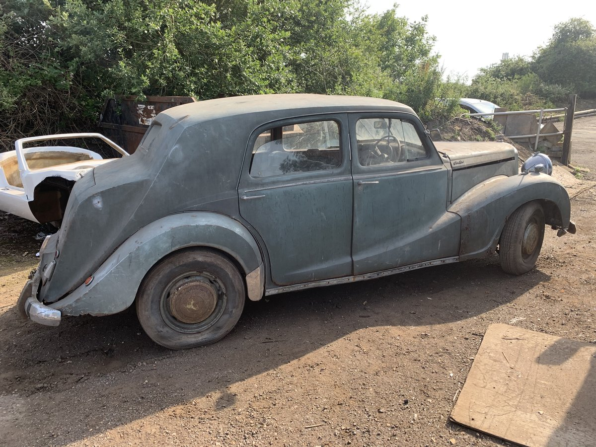 1954 Austin sheerline a125 barn find For Sale (picture 2 of 6)